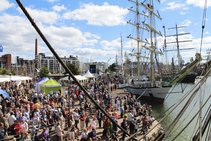 Tänä vuonna The Tall Ships Race rantautuu Turkuun 20. heinäkuuta. Kuva on vuodelta 2013, jolloin kilpailu pysähtyi Helsingissä.