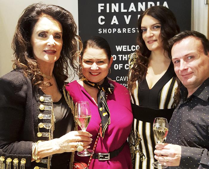 Juhlakaviaarin lanseerausta olivat juhlistamassa myös Kaarina Kivilahti, Mirva Saukkola, Karina Kivilahti ja monet muut.